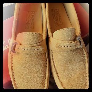 Womans Ferragamo driving shoe